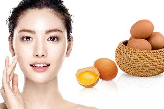 Trứng gà – nguyên liệu quen thuộc giúp làm da trắng sáng, mịn màng