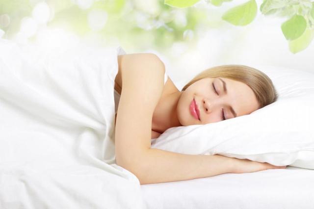 Ngủ đủ giấc là yếu tố quan trọng trong việc bảo vệ sức khỏe và trọng lượng cơ thể
