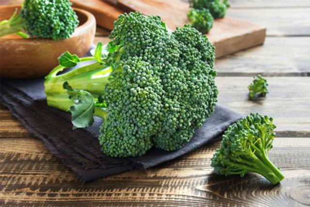 Bông cải xanh có chứa nhiều thành phần chống ung thư da