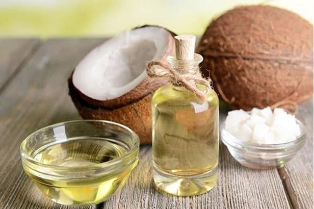 Cách làm trắng da bằng dầu dừa