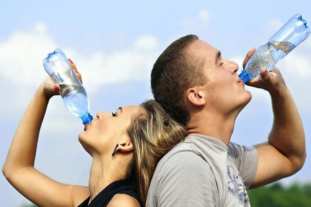 Tác dụng của uống nhiều nước lọc đến sức khỏe con người