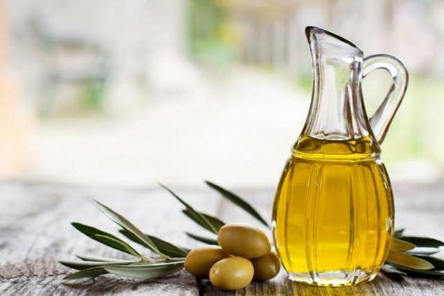 Tinh dầu oliu làm nở ngực an toàn